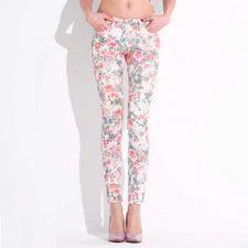 Pantalones con flores