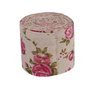 Rollo de cinta adhesiva arpillera con rosas impresas