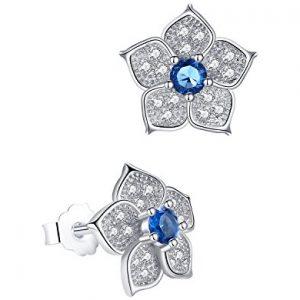 Pendientes Aoiy flor con circonita en color azul