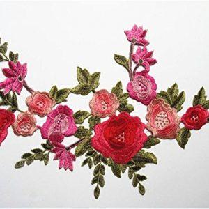 Bordado de flor para parches o adornos en telas