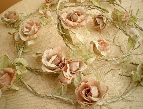 Guirnalda de rosas artificiales estilo Shabby Chic