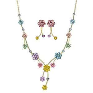collar de flores en cristales Swarovski