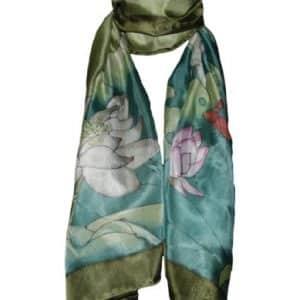 Pañuelo verde flores de loto y 100% seda
